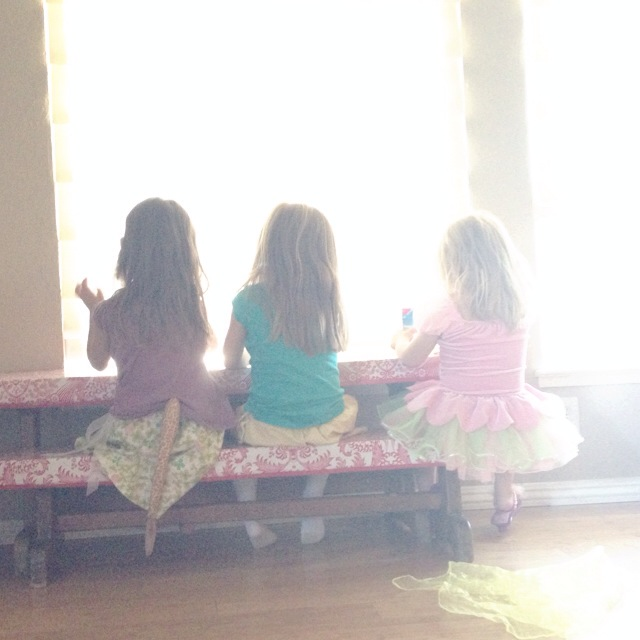 three little girlies